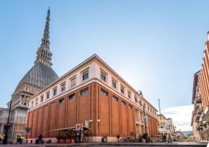 Esterno Bibliomediateca Torino