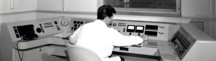 Sede Rai di Trieste: tecnico in sala regia